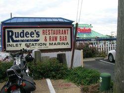 Rudee's Restaurant & Cabana Bar