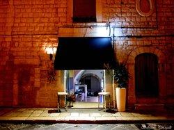 Moda Lounge Cafe