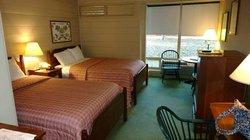 Cascades Motel