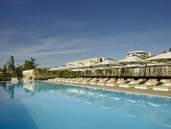 Отель Holiday Inn (г. Тбилиси)