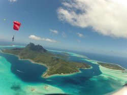 Skydive Tahiti