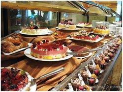 L2 Desserts Lounge