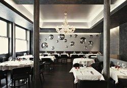Le Maxan Restaurant