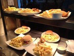 Marios Diner and Takeaway