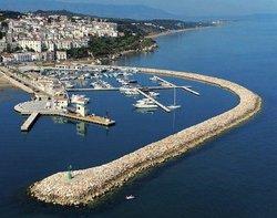 Porto Turistico Marina di Rodi Garganico