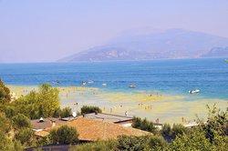 Spiaggia Comunale di Santa Maria di Lugana