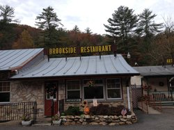 ‪Brookside Restaurant‬