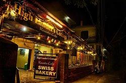 Raasta Cafe & Bakery