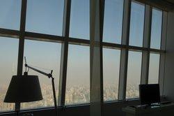 Super Fensterfront mit Aussicht.