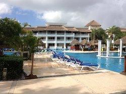 Nice pool view!