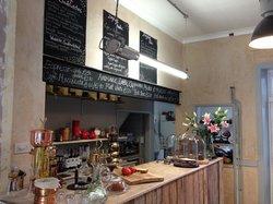 Cafe Metropolis