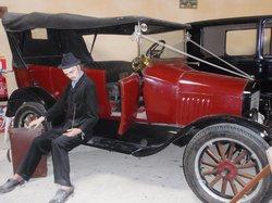 voiture restaurée et louée pour les mariages