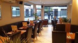 Monty Cafe