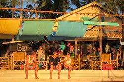 ThaimOut Beach Bar & Restaurant