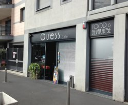iGuess Cafe