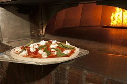 Sugo Osteria & Pizzeria