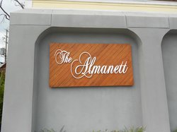 The Almanett Bar & Bistro