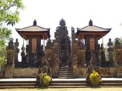 Pura Maduwe Karang