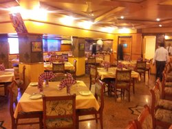 Woodlands Restaurant - Saibaba International Hotel