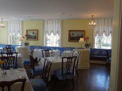Diamond Restaurant & Tavern