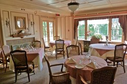 Latch Country Inn-Restaurant