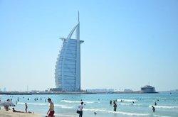 Ο Πύργος των Αράβων (Μπουρτζ Αλ Αράμπ)