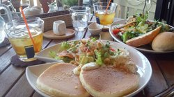Le Café & Dining Sayu