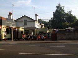 Victoria Pub and Kitchen
