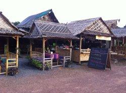 Randa Restaurant Lounge