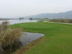 东方高尔夫