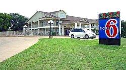 Motel 6 Waxahachie