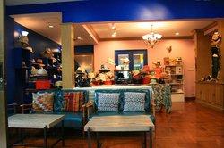Museum Art Shop & Cafe