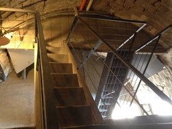 Le scalette interne per salire sulla Torre di Roccaverano.