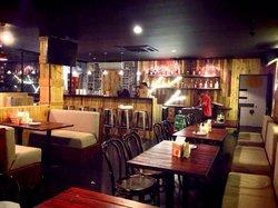 Gulp & Gulf bar and resto