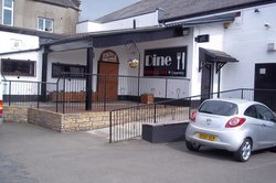 Falkirk snooker hall restaurant creamery