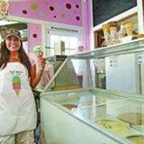 Susie Scoops Ice Cream & Frozen Yogurt
