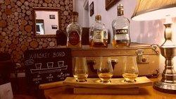 Leroy Bar & Cafe