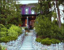 Amethyst Inn Adamstown - Antiques Capital USA - Lancaster County PA
