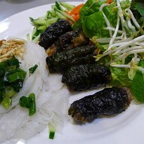 Bau Truong Restaurant
