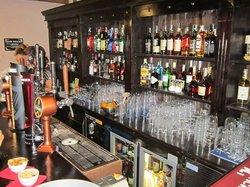 Samadam'S Pub