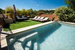 Les Terrasses De Castelnau B&B