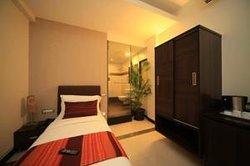 Hotel Centurion Inn