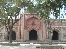 Jamali Kamali Tomb and Mosque