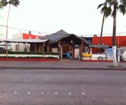 Esteban's Karaoke Bar