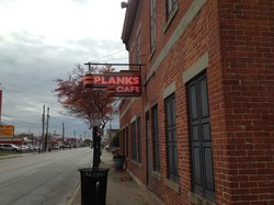 Plank's Cafe & Pizzeria on Parsons