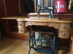 Reid's corners antiques