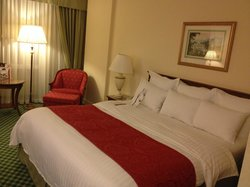 Bed and chair (Room 2815)