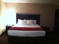 Red River Inn & Suites