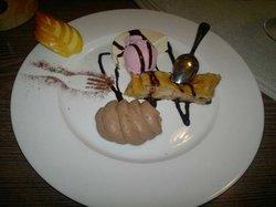 Dessertvariationen nach Art des Hauses