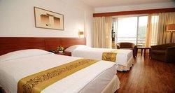 โรงแรมรอยัล พาราไดซ์